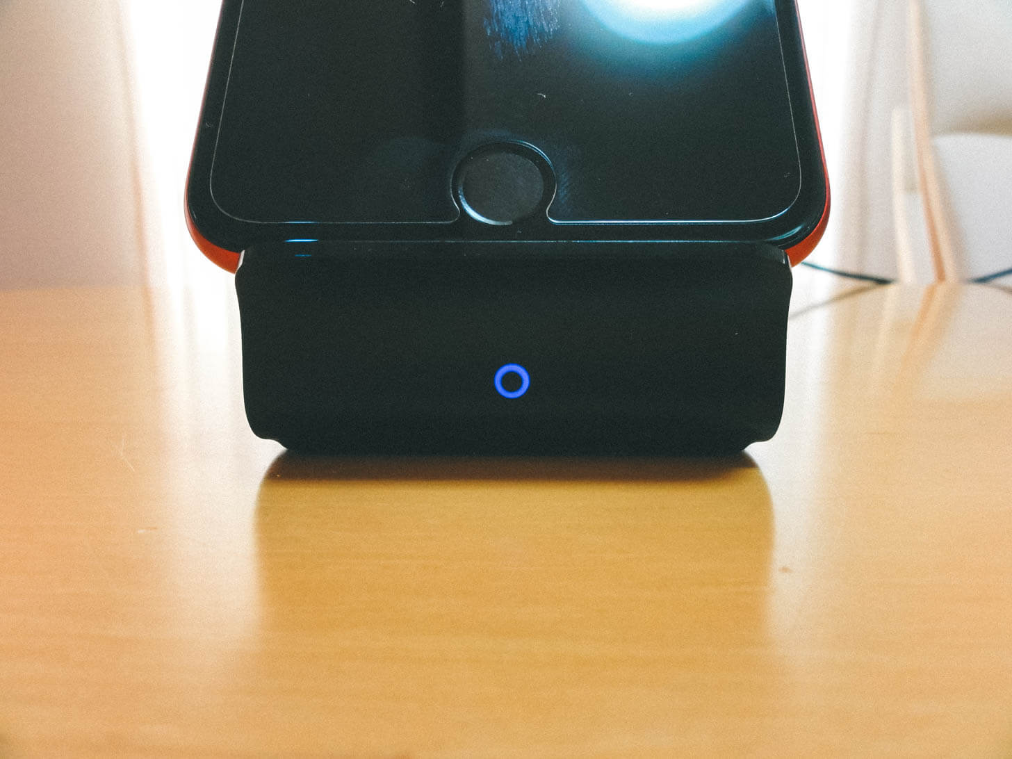 Anker wireless charger 03